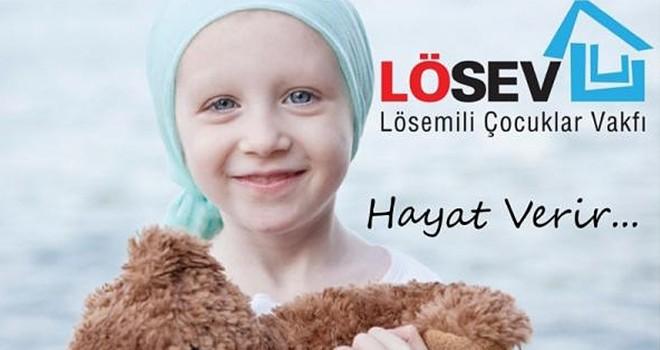 LÖSEV'den İstanbullu ailelere et desteği