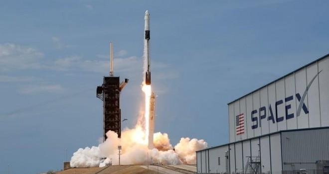 Elon Musk Türk uydusunu uzaya gönderecek