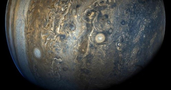 Gök bilimciler Jüpiter'in etrafında yeni uydular buldu