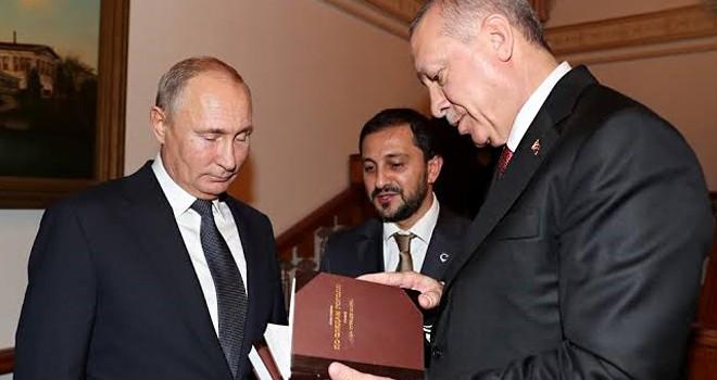 Cumhurbaşkanı'ndan Putin'e anlamlı hediye