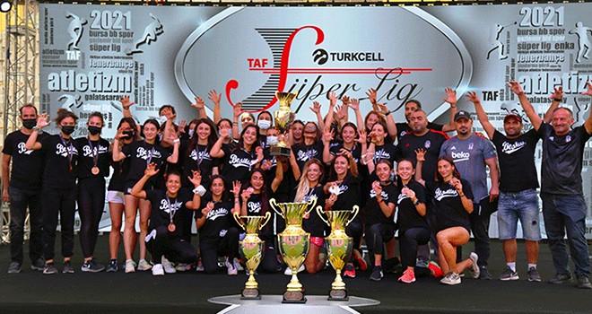 Beşiktaş Atletizm Takımı'ndan üçüncülük