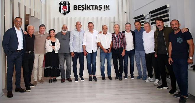Beşiktaş'ın eski sporcularından Avcı'ya ziyaret