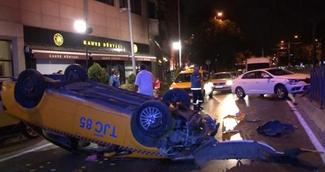 Taksi takla attı 2 kişi yaralandı
