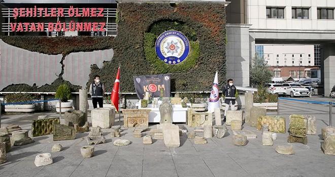 Beşiktaş'taki antikacılar tarihi eser kaçakçısı çıktı