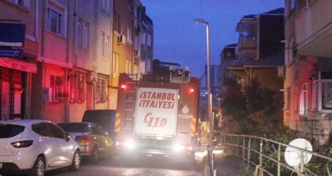 Beşiktaş'ta yangın yatakta yakaladı