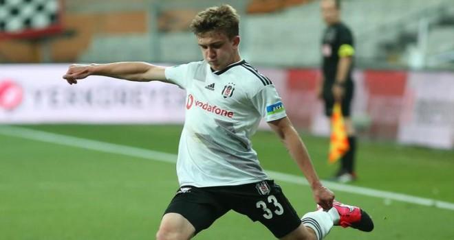 Beşiktaş Rıdvan'ın sözleşmesini uzattı