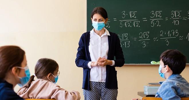 Sağlıklı bir durum oluşursa okullar açılacak
