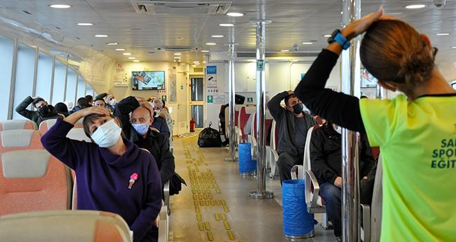 İstanbullular güne vapurda egzersizle başlıyor