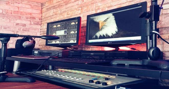 Radyo Beşiktaş'ta Beşiktaş marşları canlı çalıyor