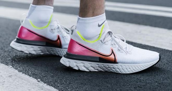NIKE'tan sakatlanmaları azaltan Nike React Infinity Run