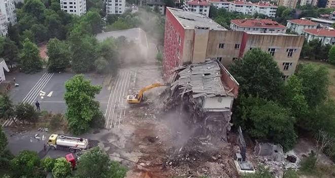 Akatlar'da Polis okulu arazisine yapılan Betona dur denildi