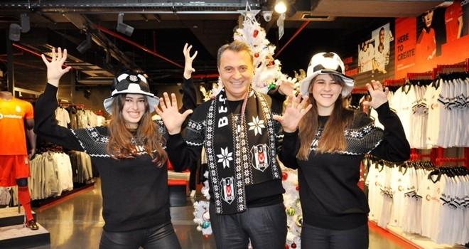 Fikret Orman ve kızlarından yeni yıl çekimi