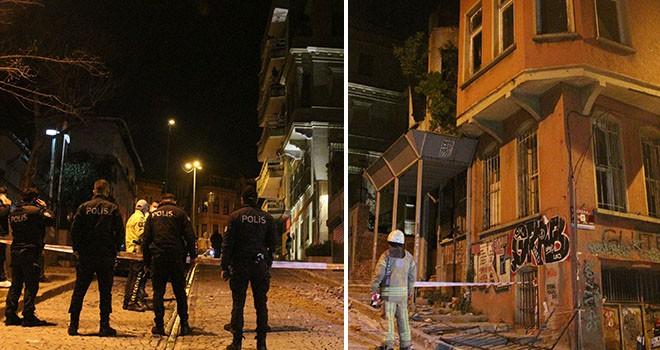 Beşiktaş'ta gece yarısı bina çöktü