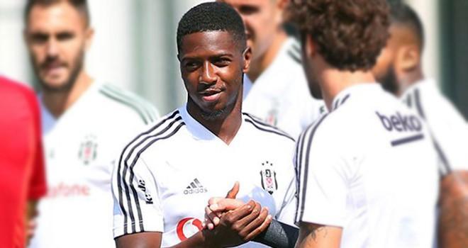 Beşiktaş'ta şok! Diaby'ye serum takıldı