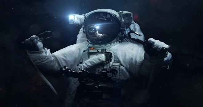 NASA astronotları canlı yayında uzayda yürüyecek!