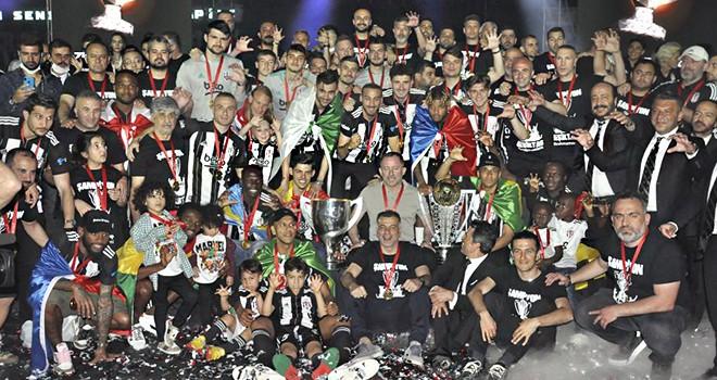 Şampiyon Beşiktaş muhteşem bir törenle kupasına kavuştu
