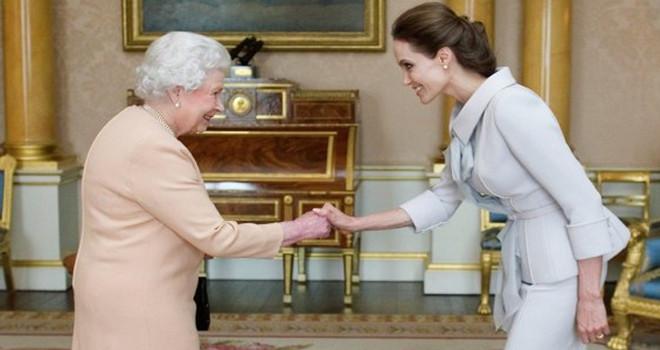 Kraliçe'nin bilinmeyen yüzü