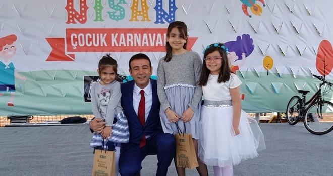 """Beşiktaş'ta binlerce çocuk """"23 Nisan Karnavalı""""nda buluştu"""