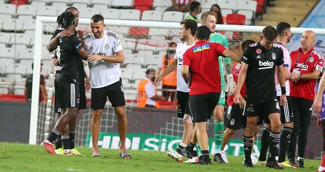 Beşiktaş 10 gün içinde 3 zorlu maça çıkacak