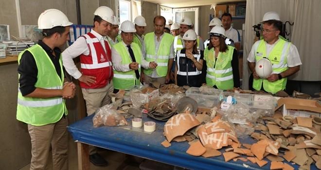 İmamoğlu, metro, tarih ve arkeolojik inceleme için Beşiktaş'taydı