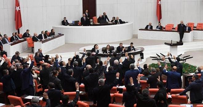 Türkiye Büyük Millet Meclisi'nden tatil iptali
