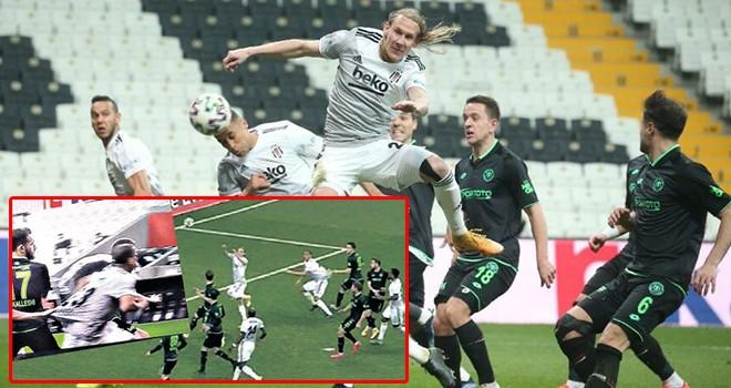 Beşiktaş penaltı bekledi ama hakemler vermedi