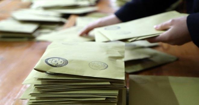 CHP'nin itirazı sonra Maltepe'de oy sayımı yeniden başladı