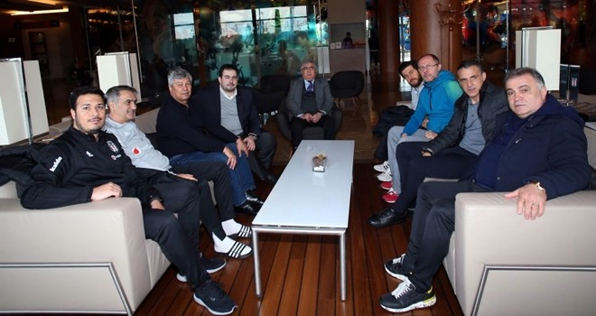 Lucescu'dan Antalya kampına ziyaret
