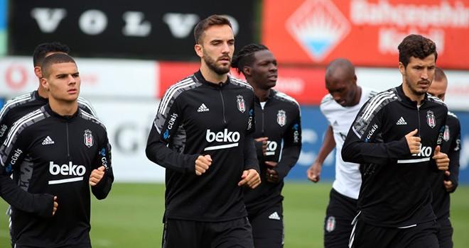 Beşiktaş, Altay maçına hazırlanıyor