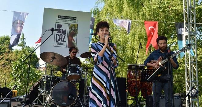 Beşiktaş Belediyesi ve Zorlu PSM'den Sanatçılar Parkı'nda Caz Festivali