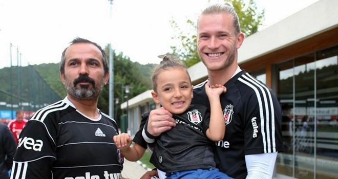 Taylan, Beşiktaş'ı ziyaret etti