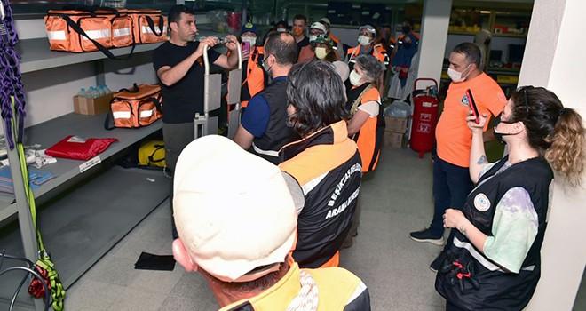 Beşiktaş'ta  arama kurtarma ve yangın eğitimi