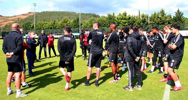 Büyük buluşma! Başkan Çebi ve futbol takımı bir araya geldi