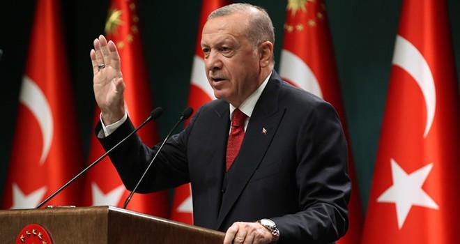 Cumhurbaşkanı Erdoğan'dan 65 yaş kararı. İsmail Baştuğ Koronoyu yazdı.