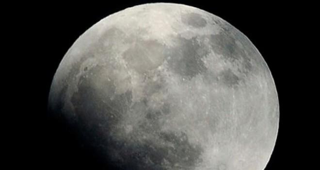 NASA Ay'ın haritasını paylaştı