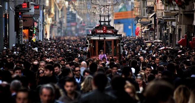 İstanbul'da üç önemli sorun: Deprem, ekonomi, ulaşım