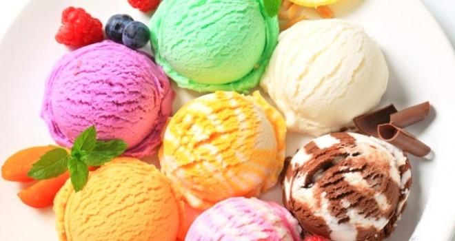 Koruyucu içeren ve süt tozuyla üretilen dondurmalardan uzak durun