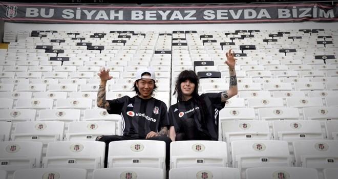 Beşiktaş tutkunu Japon müzisyen