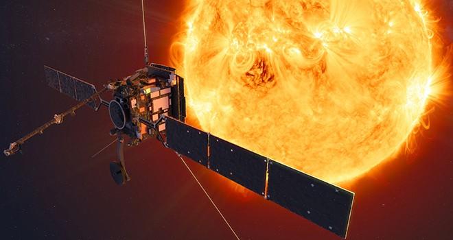 Güneş'in 77 milyon kilometre yakınından geçti