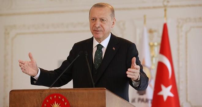 Cumhurbaşkanı Erdoğan: Hayatına İETT'de işçi olarak başlamış bir kardeşinizim