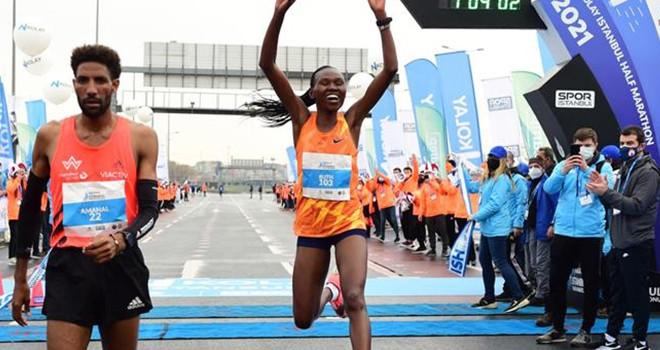 N Kolay 16 İstanbul Yarı Maratonu'nda ilklere imza atıldı